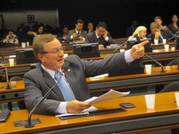 Colatto quer menos impostos e maior combate a corrupção