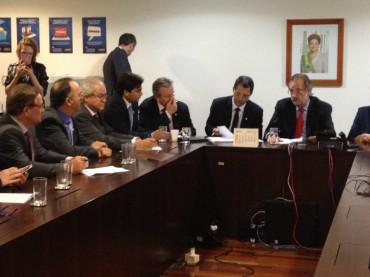 Governo apresenta propostas aos caminhoneiros e Valdir Colatto diz que governo comete erros