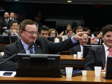 Ministra aceita sugestões de Colatto para agricultura