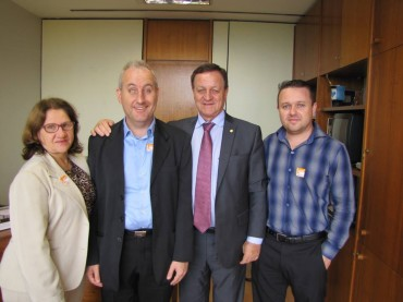 Colatto recebe representantes da ONCB