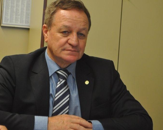 Colatto preside a Frente Parlamentar da Desburocratização