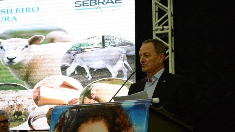 I Encontro Brasileiro de Ovinocultura:  Entidades entregam reivindicações à Frente Ovino