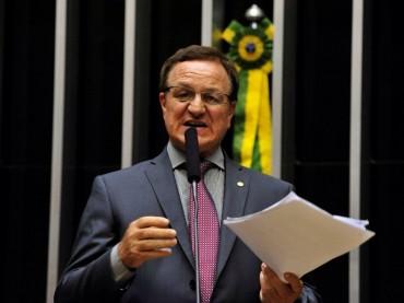 Paralisação dos caminhoneiros: Colatto e Goergen querem convocação de ministros