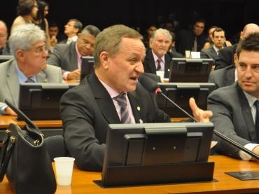 Paralisação dos Caminhoneiros: Comissão aprova convocação de ministro