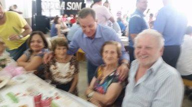 Festa comunitária no Bairro Bortolon em Xanxerê