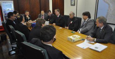 Ministro da Agricultura recebe pleitos da produção de Maçã