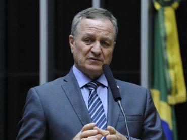 """Michel Temer assume à Presidência da República: """"o Brasil terá governabilidade, voltará a crescer"""", afirma Colatto"""