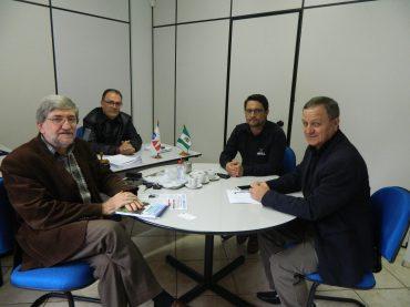 OAB Chapecó recebe visita do deputado federal Valdir Colatto