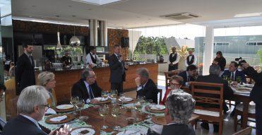 Colatto é homenageado pela Confederação da Agricultura e Pecuária do Brasil