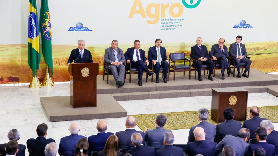 Governo lança Agro+ para desburocratizar o agronegócio