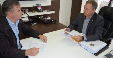 Colatto e Valduga conversam sobre a crise do milho