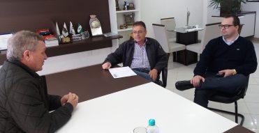 Colatto recebe demandas do setor de transportes