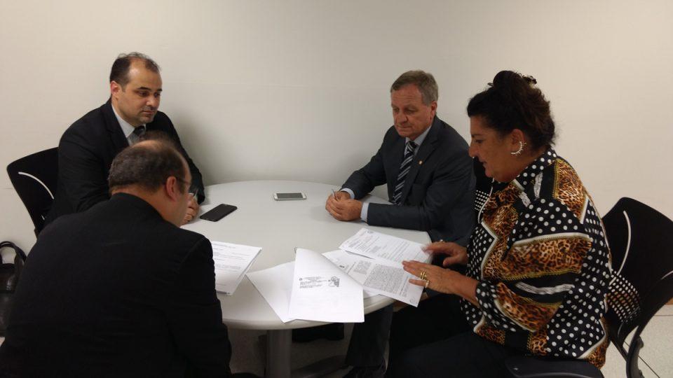 HRO, Colatto e Fossá buscam reverter indeferimento de certificação do Ministério da Saúde