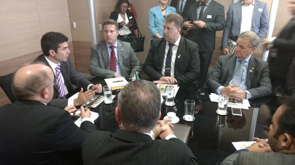Colatto defende municípios com hidroelétricas em audiências com ministros