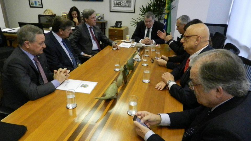 Ministro do Meio Ambiente é convocado pela Comissão de Agricultura