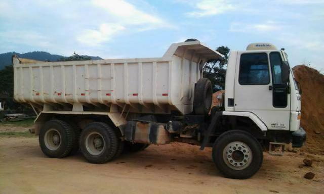 Contran suspende resolução que obriga caminhões basculantes terem sistema de segurança
